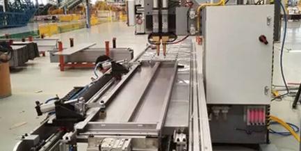 空调底板自动焊接机选择中频点焊机