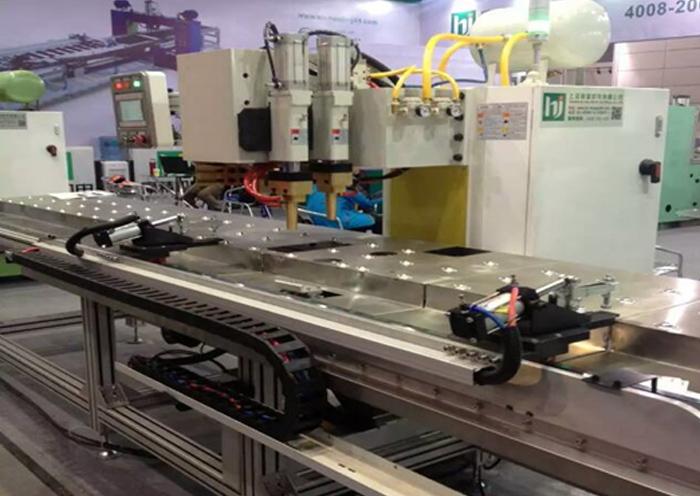 三菱电梯厂加强筋龙门焊机