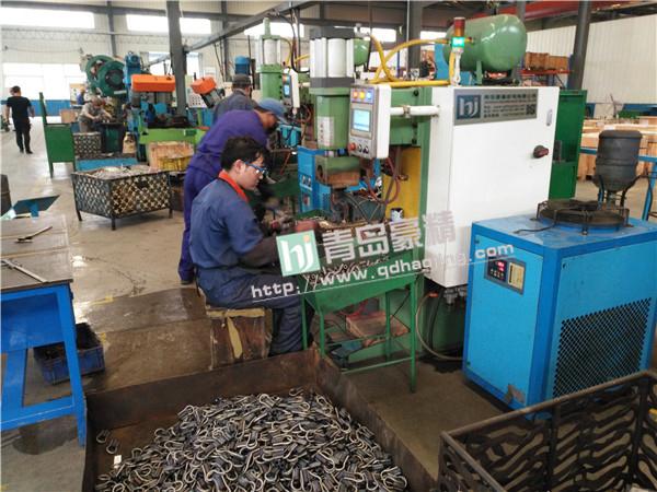 建筑配件出口厂家使用青岛豪精的中频点焊机